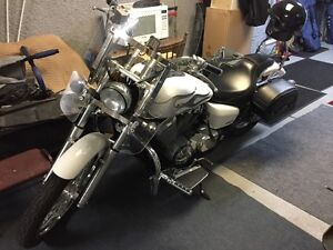 Honda Shadow 2009 Like New