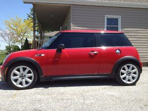 2002 MINI Mini Cooper S John Cooper Works Hatchback