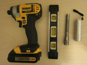 """Made in USA DCF885 20Volt, 1/4"""" IMPACT DRIVER and 1.5 Ah Battery"""