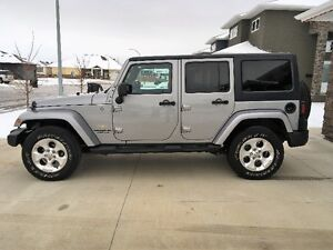 2013 JEEP SAHARA UNLIMITED 4 door with hard top & soft top