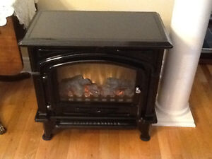 ELECTRIC FIREPLACE ( QUALITY CRAFT)
