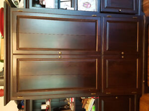 Tv/Armoire cabinet