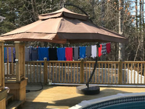 10'  OFFSET  PATIO  UMBRELLA  WITH  BASE - NEVER  USED