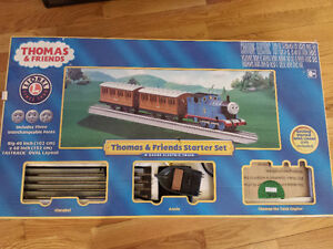 THOMAS & FRIENDS ELECTRIC TRAIN