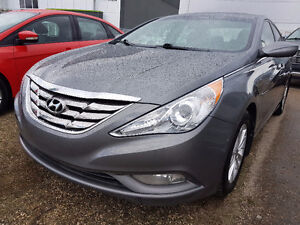 2012 Hyundai Sonata GLS MINT CONDITION // FINANCE available