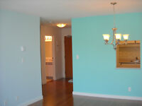 $1500 1 BR Downtown Condo avail Aug 1