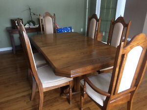 Oak Dining Table With Hutch