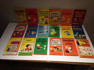 18 Peanuts pocket books