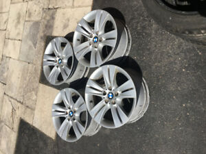"18"" BMW X5 RIMs Set of 4 good condition. Fits 2006 to 2018"