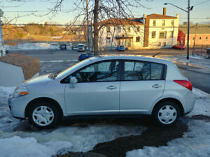 Nisan Versa Hatchback 2012 Manual Transmission (Sackville)