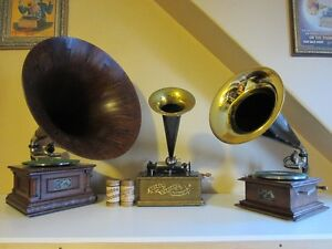 WANTED: ANTIQUE PHONOGRAPHS AND GRAMOPHONES