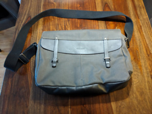 "Timbuk2 sac messager gris pour laptop ""Proof Messenger"""