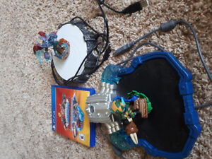 SKYLANDERS Superchargers for PS4.