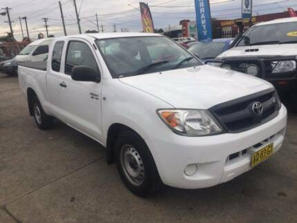 2007 Toyota Hilux SR GGN15R AUTOMATIC EXTRA SPACE CAB WHITE UTE