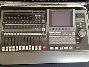 Roland VS1680 Multitrack Recorder
