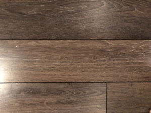 "5"" wide mid tone laminate flooring"