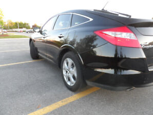 2011 HONDA ACCORD CROSSTOUR, AWD, Excellent Condition, Certified