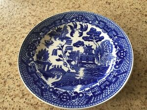 Two willow pattern bread &I butter plates