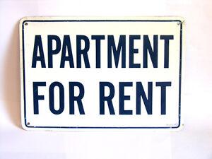 2 Bedroom Apartment in quiet residential neighborhood