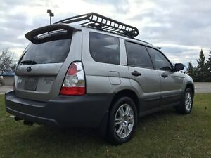 Subaru Forester COLUMBIA EDITION   *** 5 SPEED ***