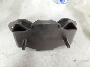 2003-2008 Dodge Ram transmission mount
