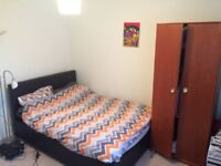 Double Room available in sunny flat
