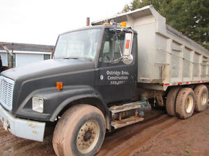1998 Freightliner-calls only to 902-394-2037