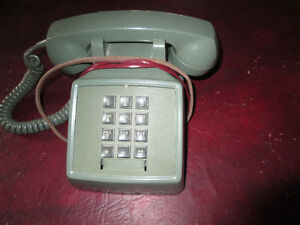 Vintage 1970's Olive Avacado Green Push Button Bell Phone