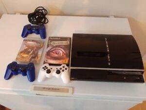 Playstation 3 FAT (lit jeux PS1 et PS2) 3 manettes 6 jeux