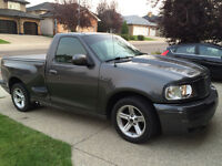 2004 Ford F-150 SVT Lightning Pickup Truck - Rare, low km