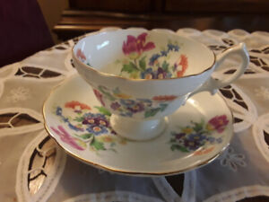 FINE BONE CHINA CUP, SAUCER,  FLORAL, HAMMERSLEY
