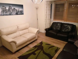 Kilsyth, spacious 1 bedroom fully furnished 2nd floor flat for rent