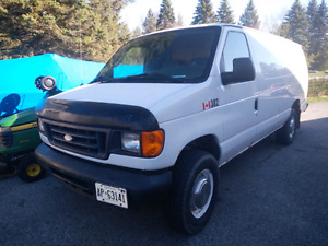 2004 Ford E350 Econoline Extended