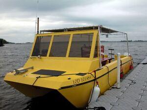 Bateau de 24 pieds (Power catamaran) moteurs 90 HP