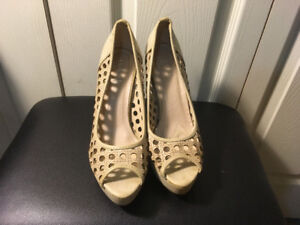 Ladies Shoes Used / Women's Shoes Used
