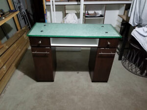 Manicure table 500$
