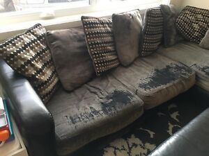 Sectional couch needs to go today $50!