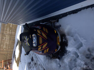 Parting out a 2007 mxz 800 x & other rev sleds --709-597-5150-- St. John's Newfoundland image 2