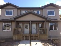 Two Storey duplex for rent in fort saskatchewan