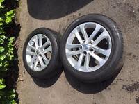 SET OF 4 NEW Nissan Qashqai / Juke 17 Inch Alloy wheels Fits 215 55 17 ?