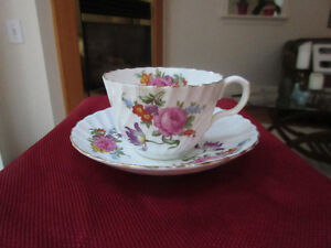 Gorgeous Aynsley Cup & Saucer - Florals