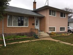 4 Bedroom Home for Rent on Mcleod Ave