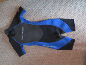 Body Glove Wetsuit Size 12 Youth Black and Blue