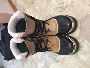Size 7 men's Sorel winter hoots