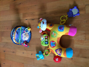 Vtech tummy time pillow & fisher price mirror