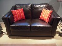 causeuse 2 places    (love seat)