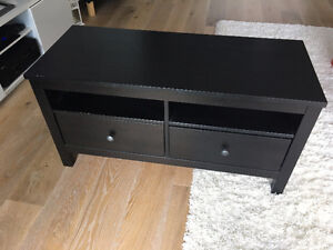 ikea corner tv stand buy or sell tv tables entertainment units in ontario kijiji classifieds. Black Bedroom Furniture Sets. Home Design Ideas