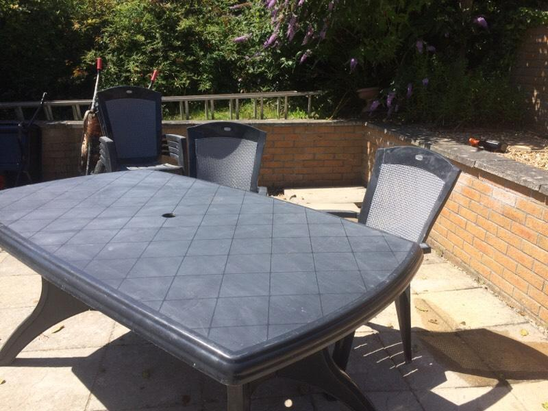 Garden Table And Chairs In Newquay Cornwall Gumtree