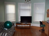 1 Bedroom in Truro available October 1st