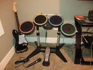 Rock Band 4 Band in a Box  ( PS4 )
